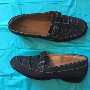 Thom McAn Leather Loafers With Buckles